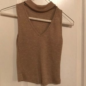 Tops - Cropped turtle neck tank